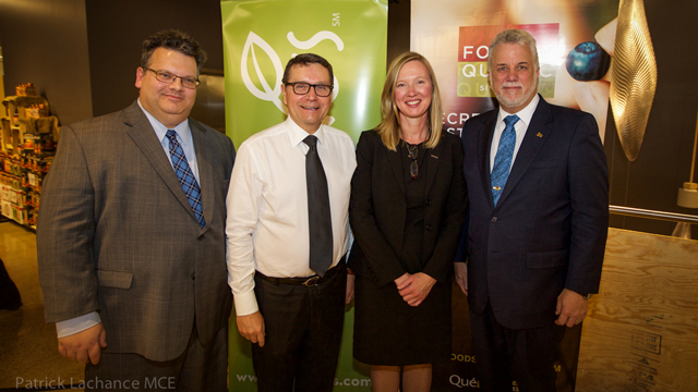 Éric Marquis (DQC), CEO and Chairman of Roundy's, Bob Mariano, Joan Kimball (DQC), Premier Couillard